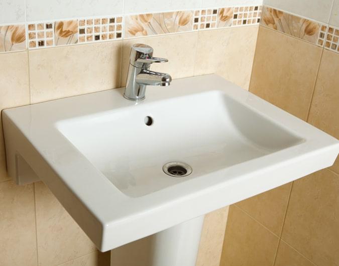 Cómo instalar un lavamanos – The Home Depot  Haz más ...