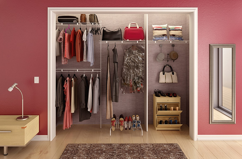 Organizar closet peque o dandk organizer for Puertas para espacios reducidos