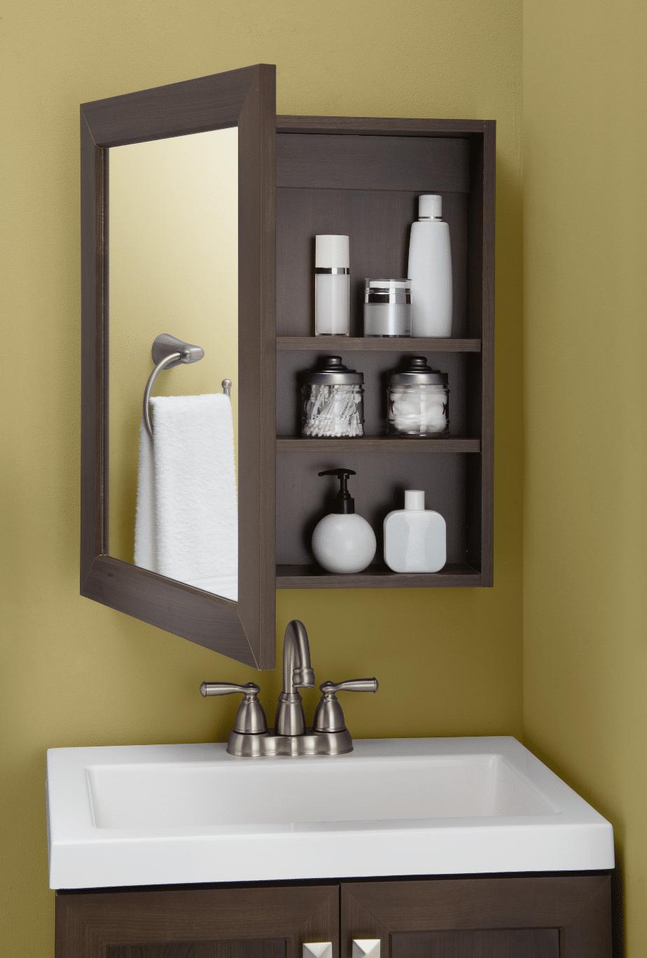 7 Ideas Para Ba Os Peque Os The Home Depot Blog # Muebles Pequenos Para Banos