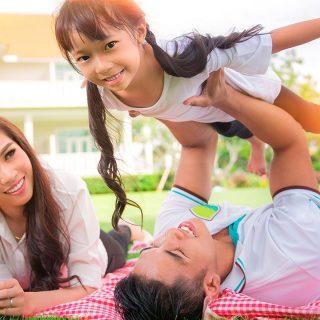 Organiza un picnic de verano en casa con tus hijos